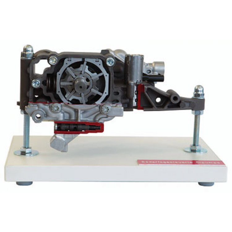 Demand-driven oil pump without suction stage (V6)