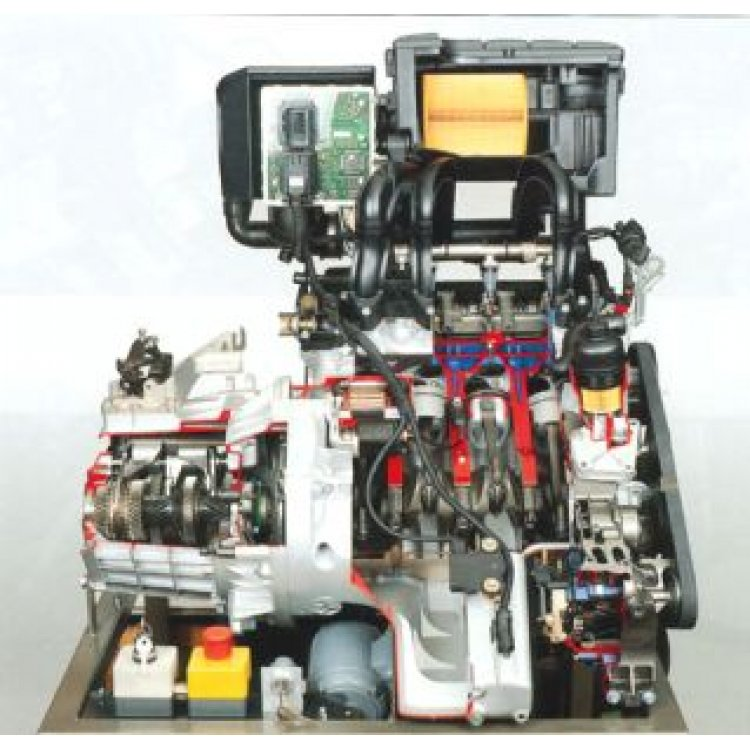 Daimler-Benz A Class petrol engine with injection