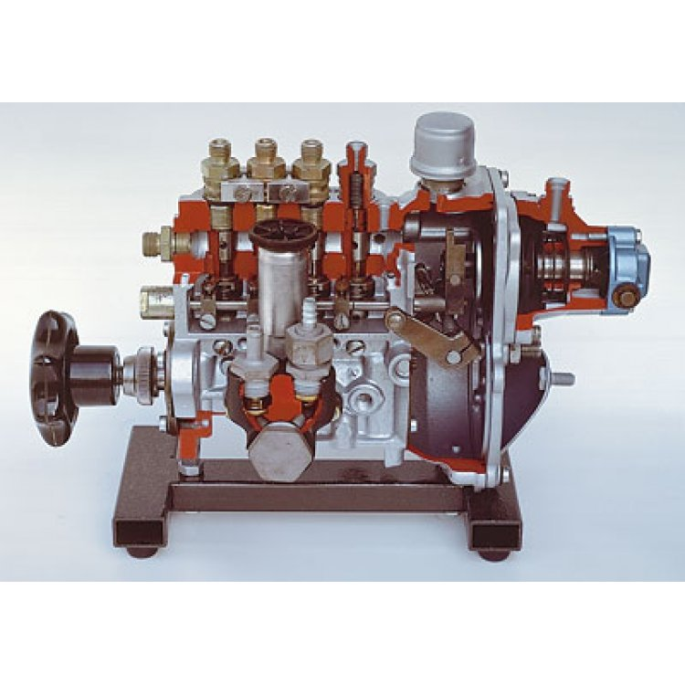 In-line fuel-injection pump with vacuum governor